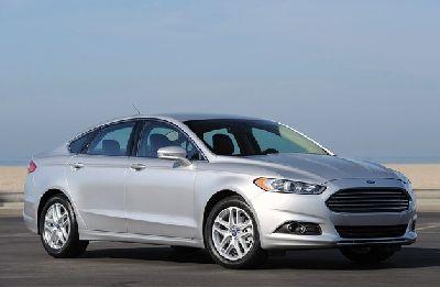 Ford Fusion i Fusion Hybrid nab pięciogwiazdkowych ocen z NHTSA