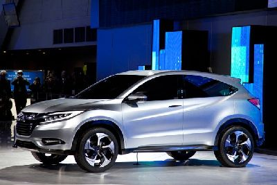 Miejski SUV Honda Fit podglądy koncepcja oparta zwrotnica